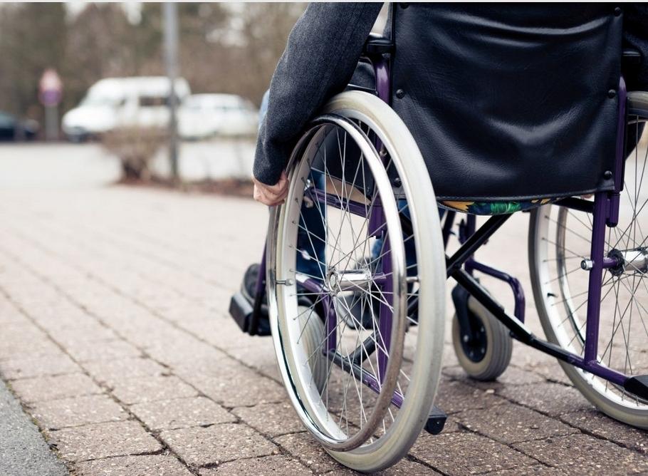 Disabili: una legge contro le barriere architettoniche